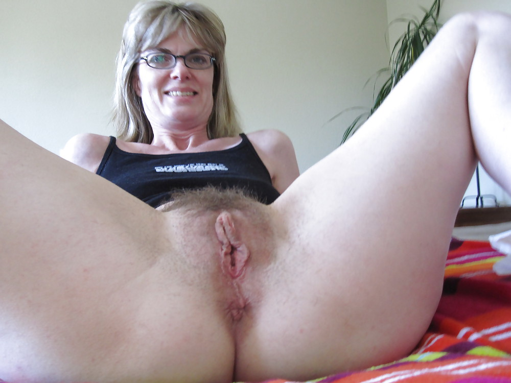 Порно фото волосатых матюр