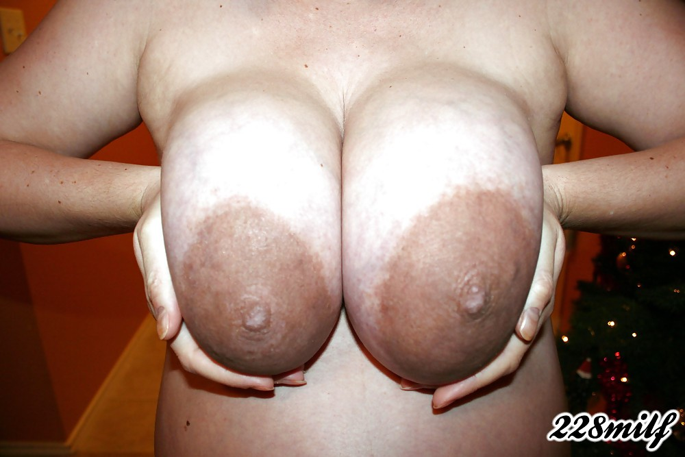 Порно большие соски фото онлайн
