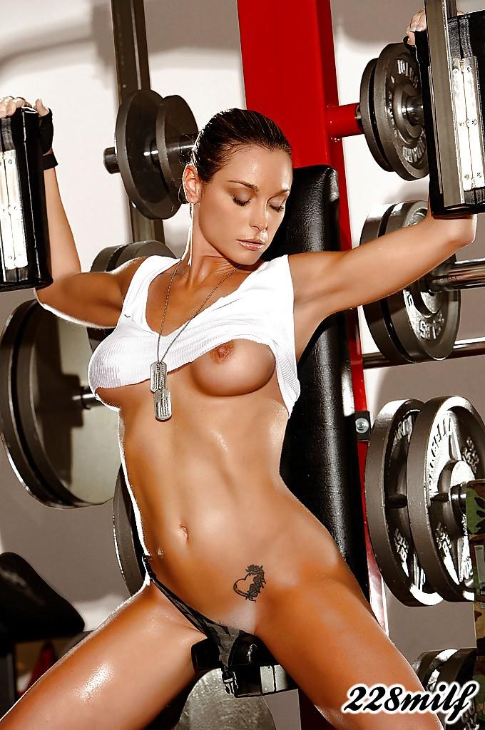 красивые голые спортсменка на видео и фото